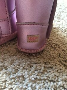 Baby Uggs  Cambridge Kitchener Area image 3