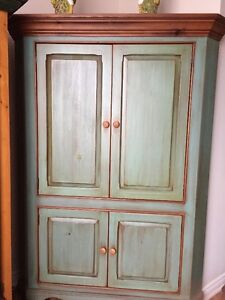 CORNER TV ARMOIRE REAL WOOD 18TH CENTURY REPRO FINELY CRAFTED