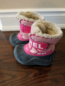 Girls toddler Sorel winter boots size 6