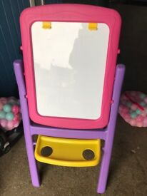 Excellent condition easel only £12