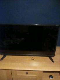 sharp 32 inch tv £70