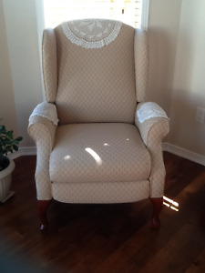 Reclining Queen Anne Chair