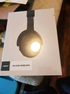 Bose on ear wireless headphones black
