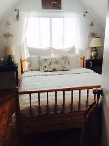 LAKEFRONT  Two Bedroom Cottage with private beach for sublet West Island Greater Montréal image 4