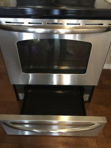 GE Stove for sale. Great Condition.