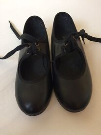 Girls black leather tap shoes size 13