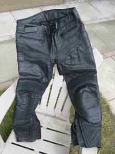 Motorcyle leather pants - as new