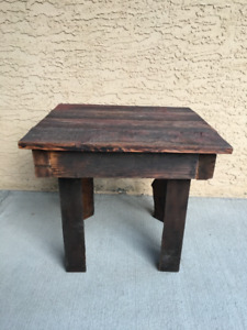 Barnwood Side Table, very good condition
