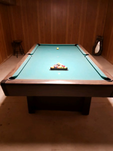 Pool Cue An Kijiji In Ontario Buy Sell Save With Canadas - Brunswick commander pool table