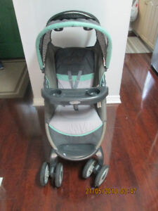 GRACO BABY STROLLER & THE CAR SEAT WITH BASE