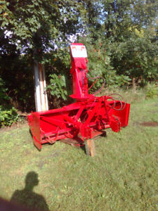 Pull type snowblower PRONOVOST P90 IV92 inches