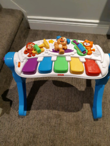 Fisher price laugh and learn music and move piano