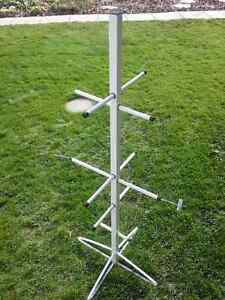 Hockey equipment drying stand