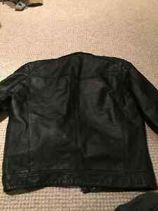 Great condition Danier Men's Leather Coat, Christmas Present? Kitchener / Waterloo Kitchener Area image 4