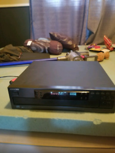 Kenwood 1 bit dual d/a multiple compact disc player dp r3080
