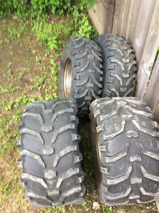 Polaris rims and tire