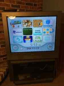 Télé Sony 27 pouces à donner