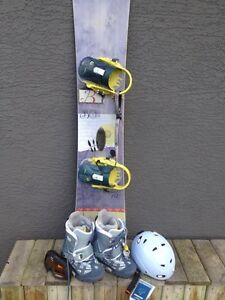 Burton Snowboard, boots and clip-in bindings