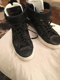 Boys Hugo boss black moc croc boots size 37
