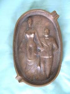 VINTAGE COMICAL SOLID  BRASS ASHTRAY...