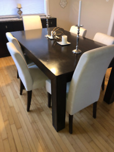 Dining Table with Sideboard