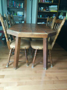 Dining table with chairs for sale.