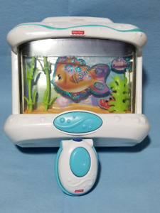 Fisher-Price Soothing Seas Aquarium crib soother