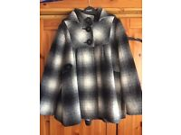 BARGAIN Gorgeous girls cape style coat