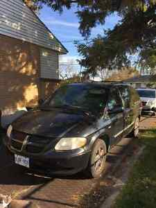 2004 Dodge Grand Caravan Anniversary edition Minivan, Van Kingston Kingston Area image 1