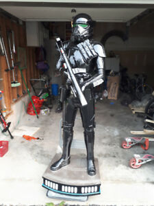 LIFE SIZE STAR WARS ROGUE ONE DEATH TROOPER STATUE PROP