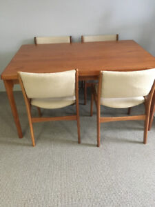 Vintage Teak Table Set