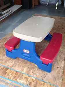 Little Tikes Junior picnic table SOLD PPU