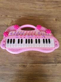 Pink Toddler electronic piano