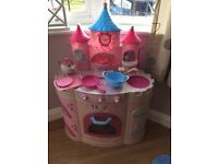 Deluxe Disney Princess Talking and Sound Kitchen