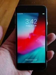 UNLOCKED iPhone 6 16GB - Mint Condition