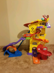 Total Retail Value- 178.00 Almost Brand New Gently Used Toys