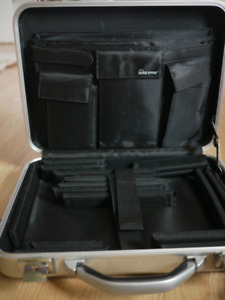 Matias Laptop Armour - padded hard case for laptop - never used