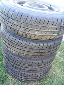 195 70 14 Michelin tires with rims