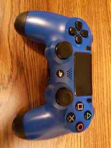 Ps 4 controller plus blue skin cover Kitchener / Waterloo Kitchener Area image 1