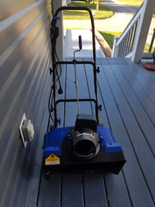 18 inch 13 AMP Electric Snow Thrower