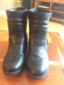 Girls Nine West biker/moto boots. Size 2
