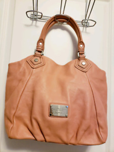 MARC by Marc Jacob's classic Q Fran Tote Bag in Pink