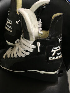 CCM Super Tacks Men's Hockey Skates Size 7