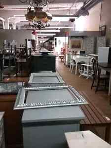 Canada's largest antique mall 600 booths to explore  Gatineau Ottawa / Gatineau Area image 4