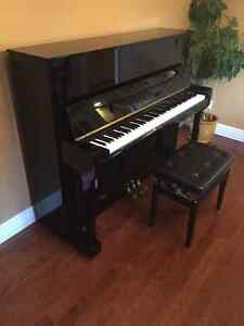 Kawai Upright Piano - Showroom Condition Kitchener / Waterloo Kitchener Area image 3