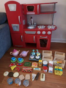 KidKraft Retro Wood atoy Kitchen Red w/tons of WOOD accessories