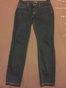 New condition size 8 Winners d.jeans