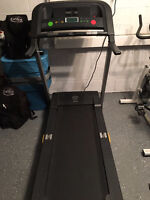 tapis roulant - treadmill Golds Gym 450