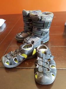 Sandals and winter boots size 6 (located in CBS)