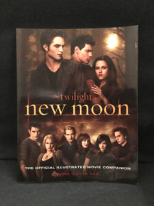 The Twilight Saga: New Moon - The Official Illustrated Movie Com